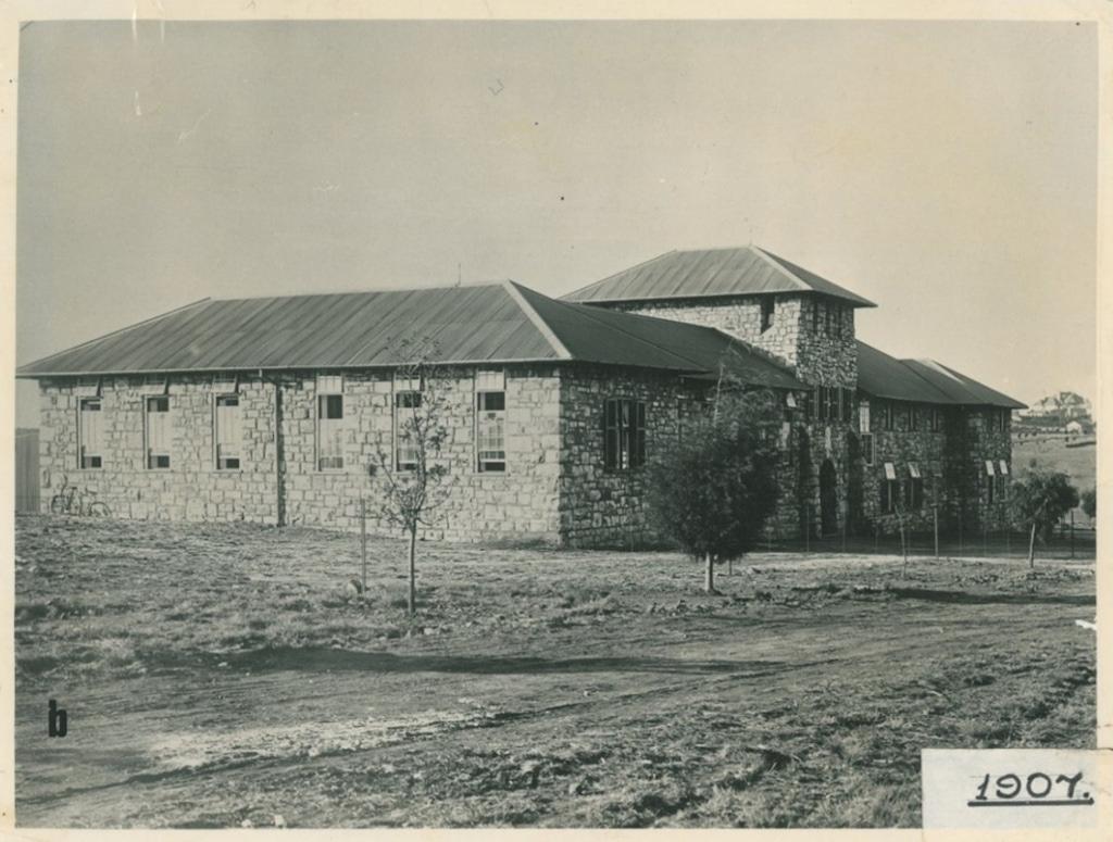 1907 9