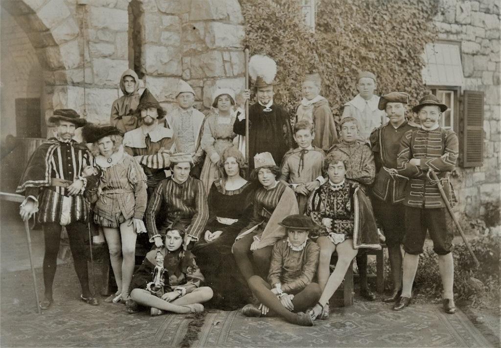 1920 3